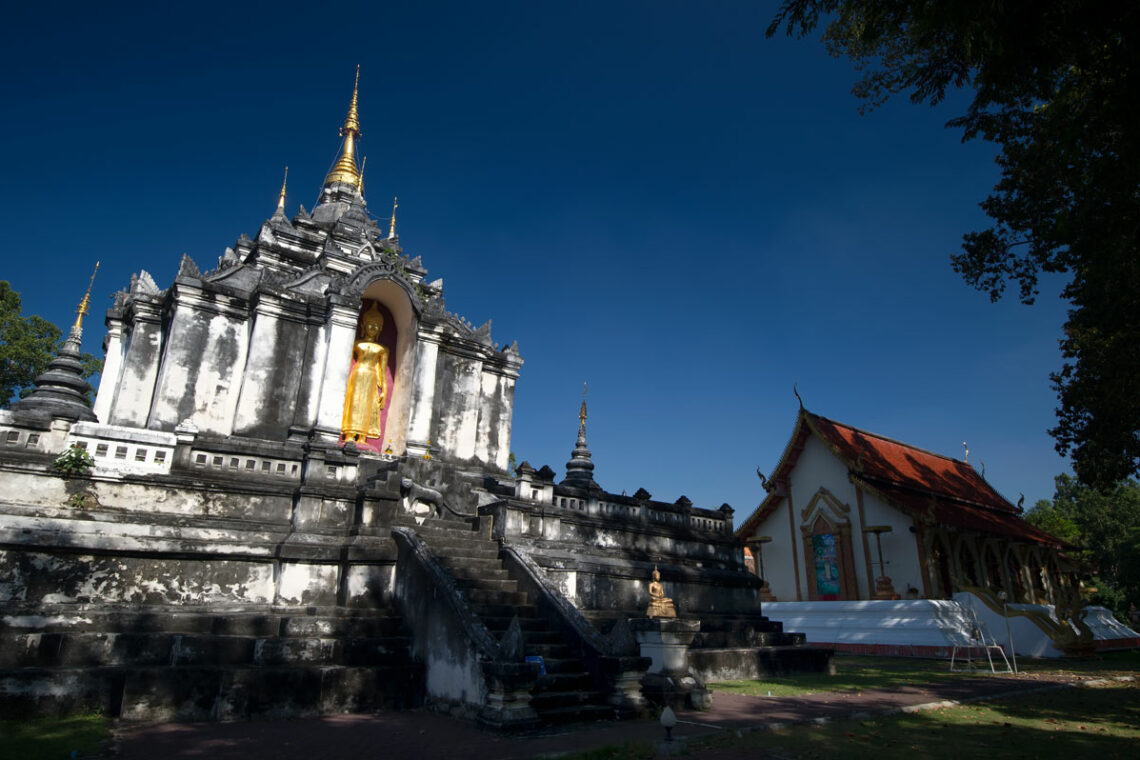 Information, maps, articles and pictures tourists and visitors to Lamphun Province from the Tourist Authority of Thailand (TAT)